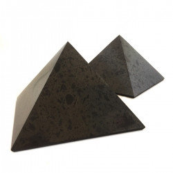 Real Shungite Shungite Pyramid - 10cm   69,50 Next Level Smartshop Webshop